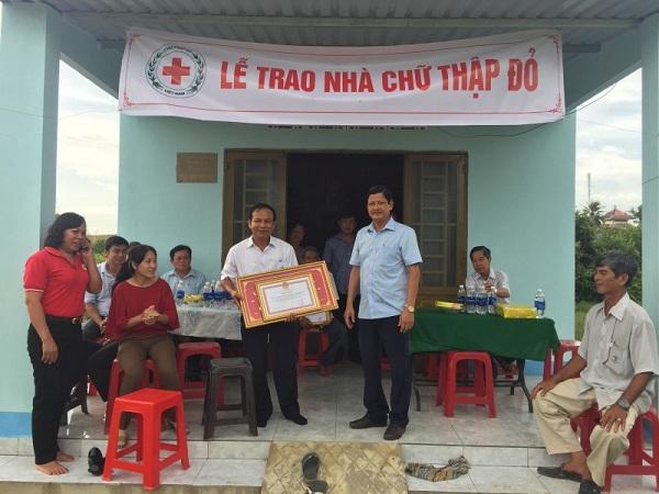 Công ty XSKT Bình Thuận: Trao nhà tại Tây Ninh