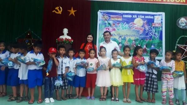 XSKT Vĩnh Long: Mang niềm vui đến trẻ em khó khăn