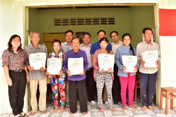 XSKT Đồng Tháp và XSKT An Giang: Trao nhà Đại đoàn kết cho các gia đình chính sách