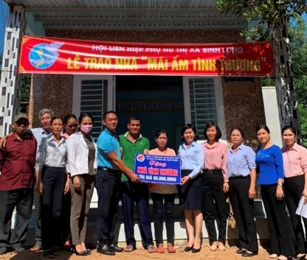 Công ty TNHH MTV Xổ số kiến thiết và Dịch vụ tổng hợp Bình Phước trao tặng 04 căn nhà tình thương tại các huyện, thị trên địa bàn tỉnh Bình Phước
