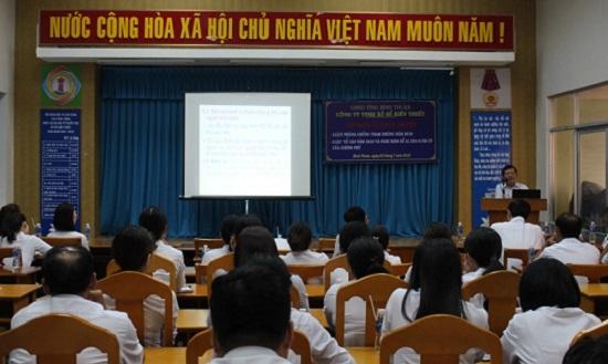 Bình Thuận: Tập huấn và tuyên truyền pháp luật cho người lao động