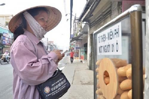 Sài Gòn - Đất lành của người bán vé số