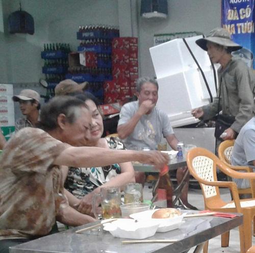 Kiên Giang: Chung tay giúp người bán vé số thoát nghèo
