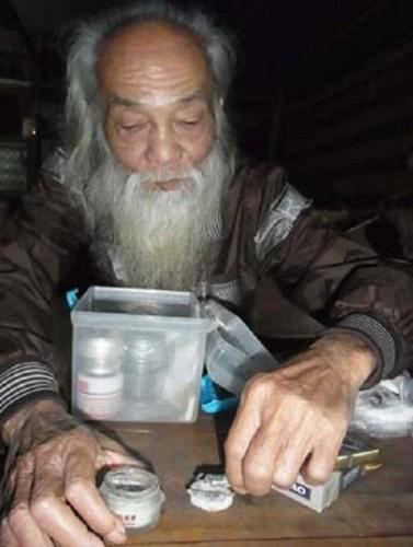 Lương y Nguyễn Văn Đền: Bậc thầy chữa rắn cắn ở Thất Sơn