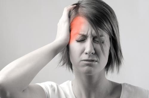 Hai chứng đau nửa đầu chị em thường gặp